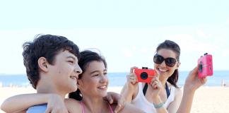 Für die Sommersaison: Sofortbildkamera Polaroid Snap Touch