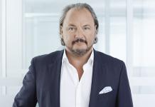 freenet AG verlängert mit CEO Christoph Vilanek und erweitert den Vorstand