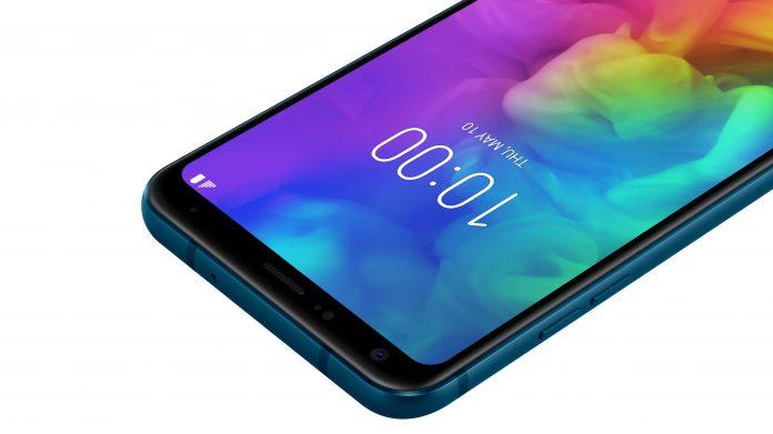 LG Electronics Q7+ Moroccan Blue 4