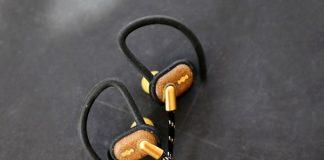 In-Ear-Kopfhörer Uprise BT im Reggae-Look