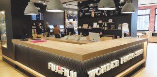 Fujifilm_Empfangsbereich_Wonder_Photo_Shop_Showroom