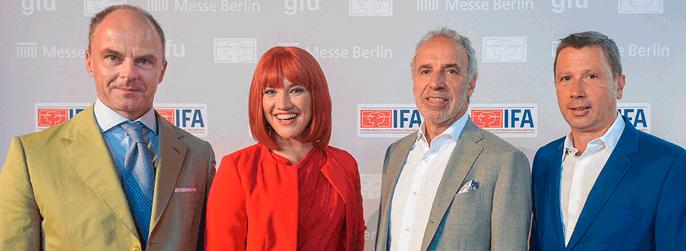 Dr. Christian Göke (CEO Messe Berlin), Miss IFA, Hans-Joachim Kamp