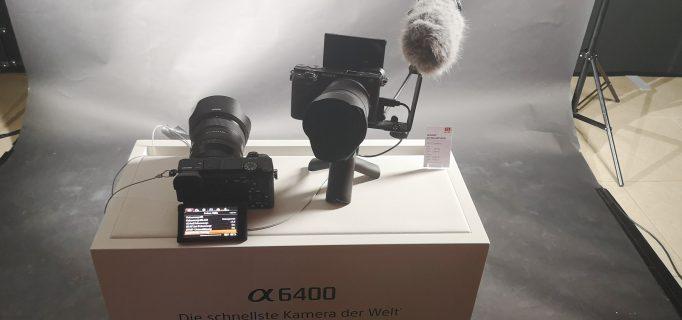 Spiegellose Systemkamera Alpha 6400 mit APS-C Sensor und schnellem Autofokus