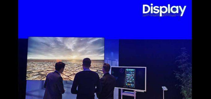 Großes Display in Verbindung mit dem digitalen Flip-Chart
