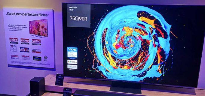 Samsung QLED-Spitzenmodell mit Direct Full Array für gute Schwarzdarstellung, hohe Kontrast und brillante Farbwiedergabe