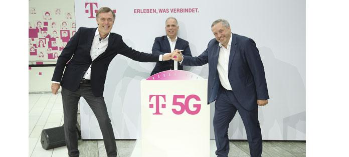 Michael Hagspihl, Geschäftsführer Privatkunden, Dirk Wössner, Telekom-Deutschland Chef, und Technikchef Walter Goldenits stellen die 5G Initiative vor
