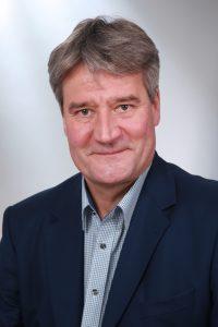 Dr. Alexander Pett