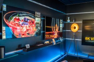 Point of Emotion gelingt mit OLED-Tunnel bei Euronics Berlet. Foto: Euronics Berlet