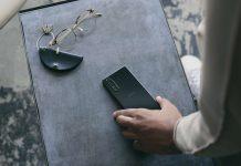 Xperia 5 II Design Compact Black. Foto: Sony