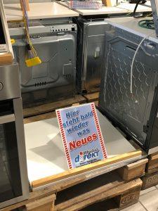 Hinweisschild für Kunden, Foto: Walgenbach