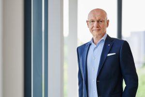 expert-Vorstand Frank Harder