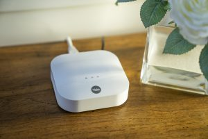 Hub für den Smart Home Sync Alarm von Yale