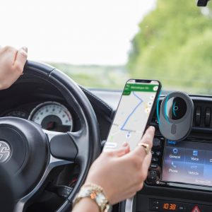Hama MagLine für Apple MagSafe - Ladegeräte im Auto